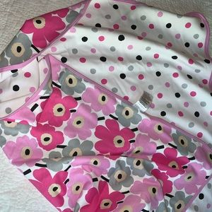 NWOT Baby Girls Marimekko reversible blanket